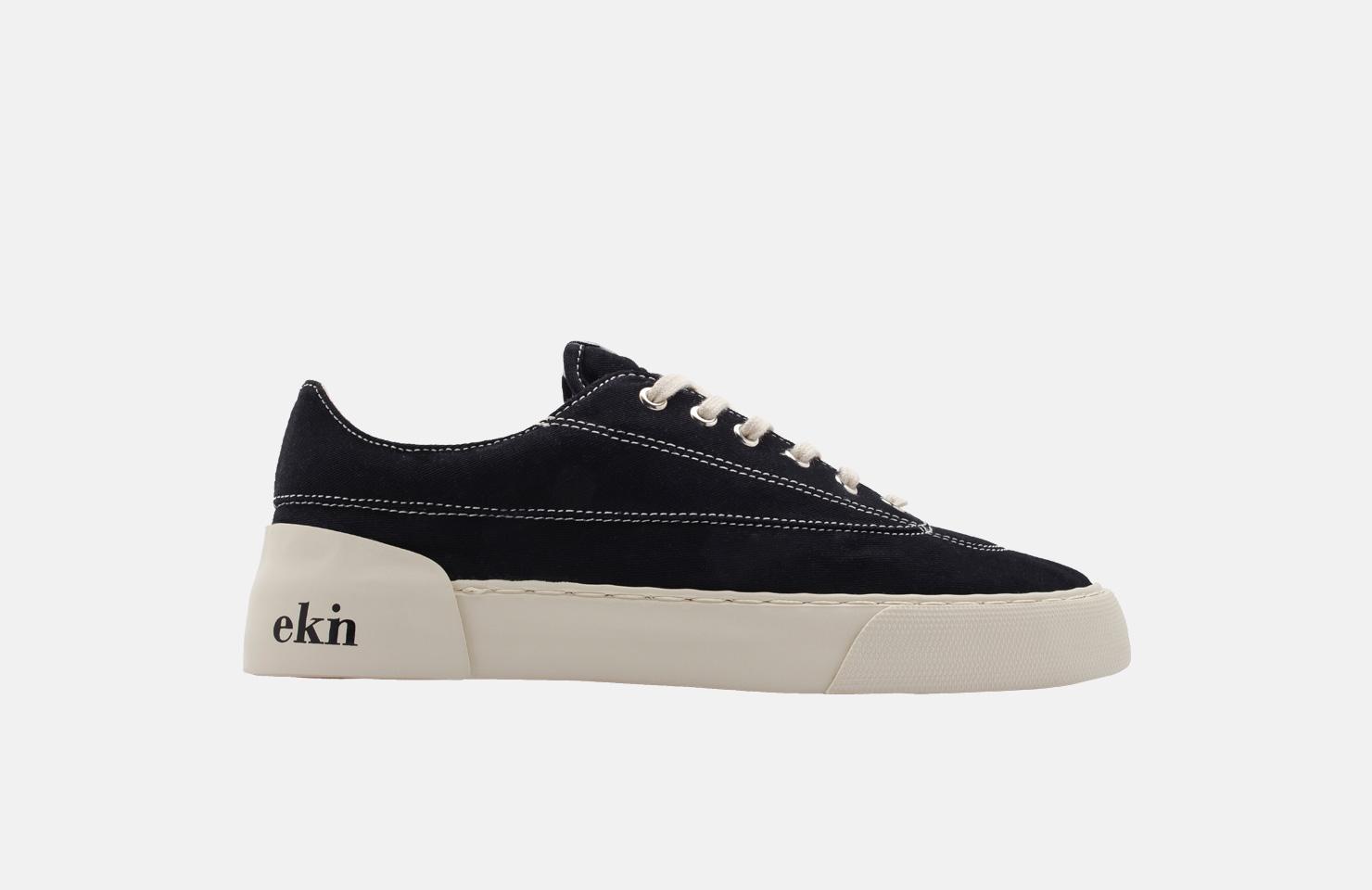 Keir / Black